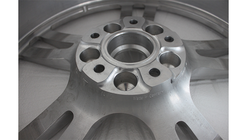 轮毂--气动